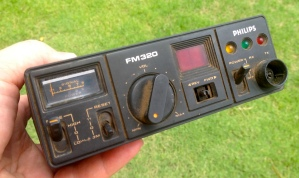Phillips FM320 UHF CB radio